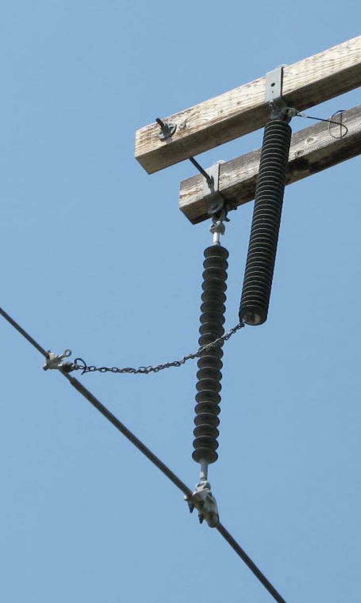 Fig. 12: Lead reinforcement with chain line arrester Non-Gapped Line Arresters Screen Shot 2016 06 17 at 11