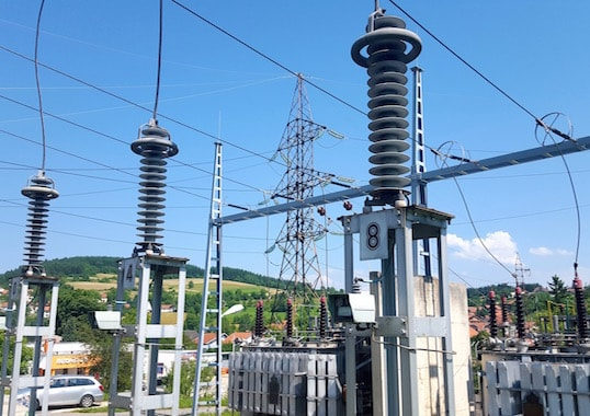 surge arrester Monitoring Technology for Surge Arresters Photo for Topic 4 Dec 12
