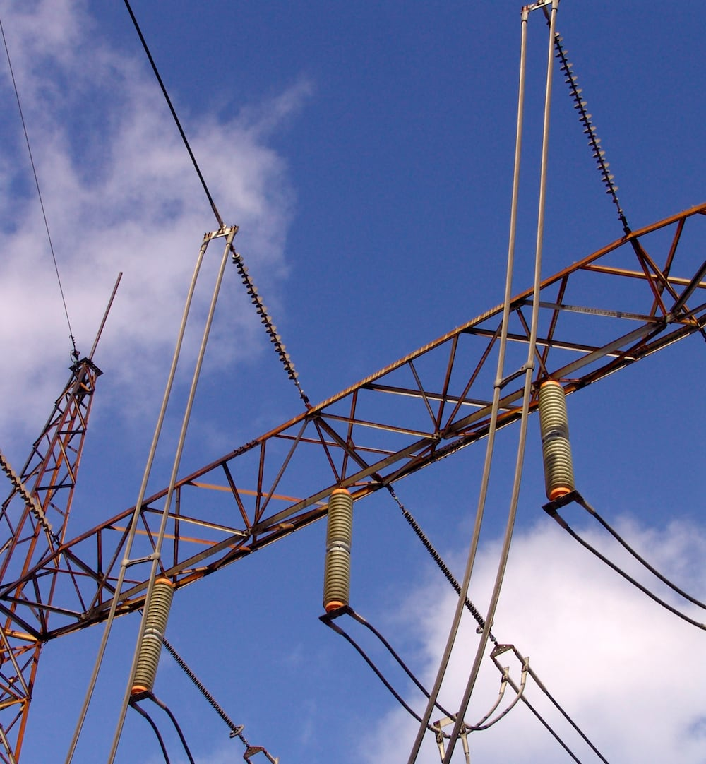 substation Program of Pollution Countermeasures Paid Off at Key Transmission Substation 230 kV silicone tension insulators at Hamilton Beach have a creepage of