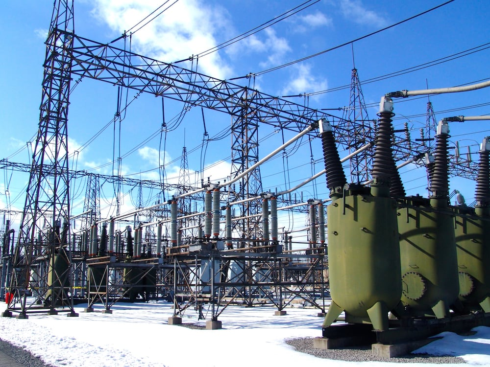 substation Program of Pollution Countermeasures Paid Off at Key Transmission Substation Pollution at Hamilton Beach