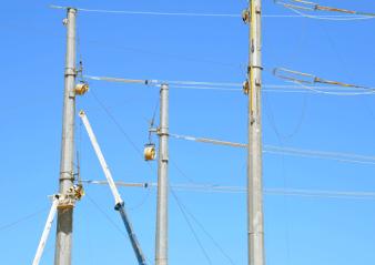 500 kV Line Allowed U.S. Utility to Compare Performance of Glass Insulators & Hardware 500 kv 500 kV Line Allowed U.S. Utility to Compare Performance of Glass Insulators & Hardware 500 kV Line 338x239   500 kV Line 338x239