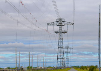line hardware Assessing Performance of Different Conductor & Line Hardware Configurations transmission line 338x239   transmission line 338x239