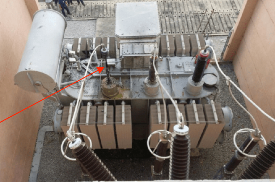 bushing Transformer Bushing Reliability Survey & Risk Mitigation Measures (Part 2 of 2) Flashover evident at top location of bushing draw lead