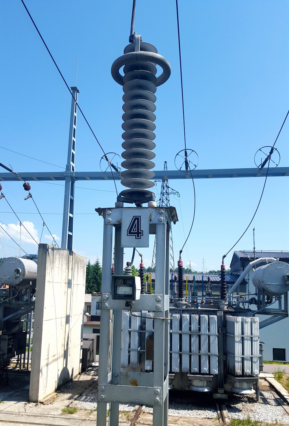 arrester Implementing a Program to Monitor Condition of Station Arresters Djokic 6 1