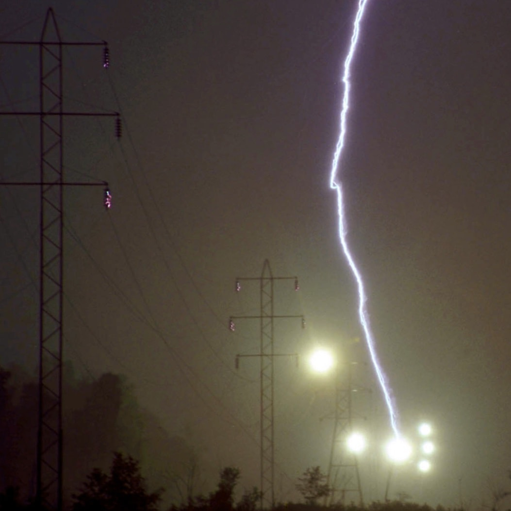 EGLA Switching & Lightning Protection of Overhead Lines Using Externally Gapped Line Arresters Woodworth Photo 7
