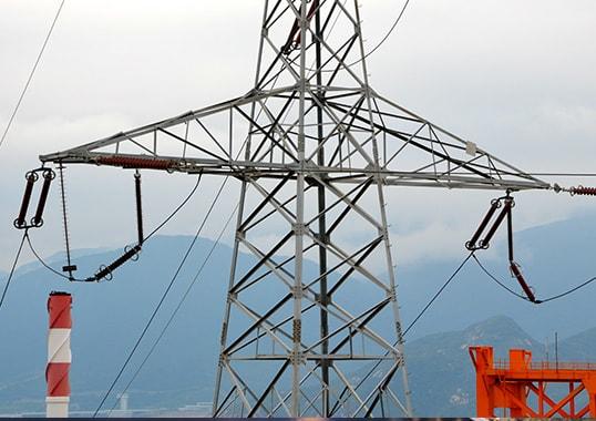 Hazards of Lightning on Transmission Lines Hazards of Lightning on Transmission Lines