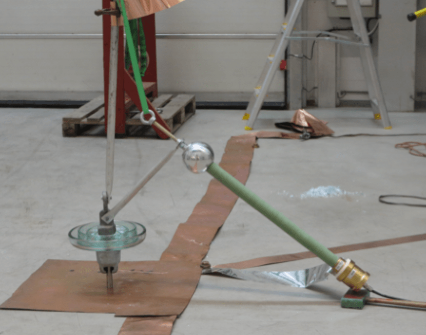 Revision of IEC 60383-1 Test set up for steep front test on glass insulator