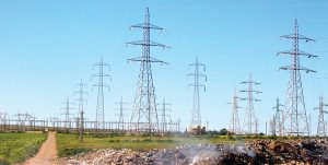 Polluted 220 kV lines occupy a narrow corridor. pollution Algerian HV Grid Operator Combats Harsh Pollution a3 300x151
