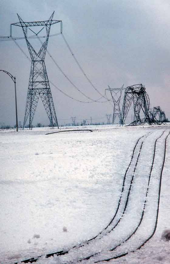 Insulator Transmission lines with different design criteria behaved differently,quebec's ice storm quebec's ice storm Ice Storm Blackout of '98: Act of God or Act of Insulator? Topic 41