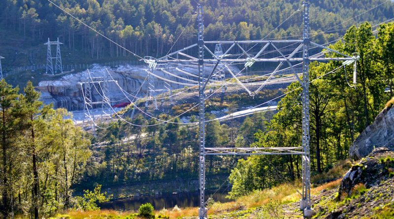 line outage Research Provides New Insight into Unexplained Line Outages Photo for Topic 1 Oct 10 800x445
