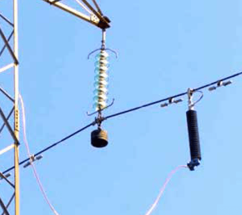 Typical line damper configuration on either side of NGLA. line arrester Optimizing Specification of Non-Gapped Line Arresters Screen Shot 2016 06 23 at 11