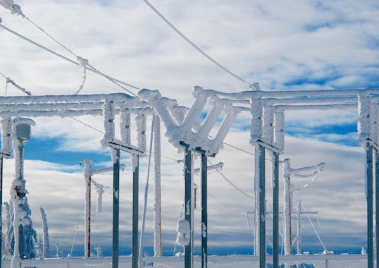 insulator performance Insulator Performance Under Ice & Snow Insulator Performance Under Ice Snow