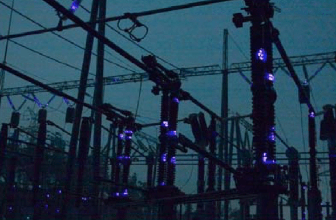 External insulation discharges in Yuntian Power Station during 2008 ice storm. Station post insulators also had partial discharge activity during this event, leading to several hundred equipment faults across network in Hunan. insulator Selection of Insulators with Respect to Icing Screen Shot 2016 10 28 at 13
