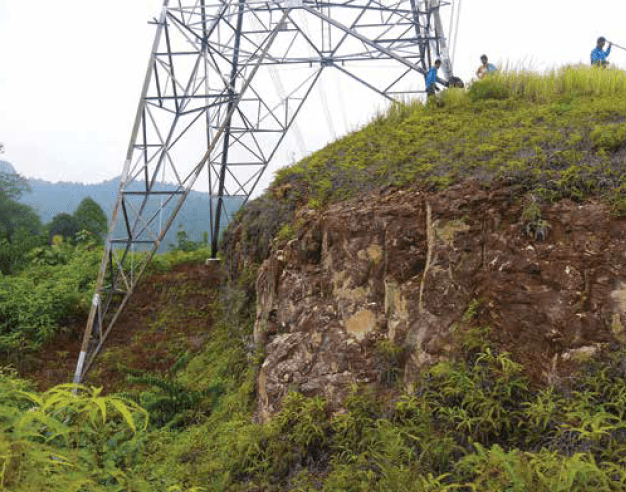 Base of tower on 500 kV ATWR-BTRK line. Selective Application of EGLAs on Transmission Lines in Malaysia egla Selective Application of EGLAs on Transmission Lines in Malaysia inmr 2
