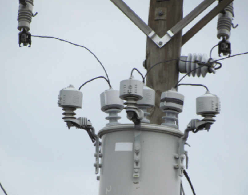 distribution system Best Practice in Lightning Protection for Distribution Systems Most common configuration for distribution transformer protection