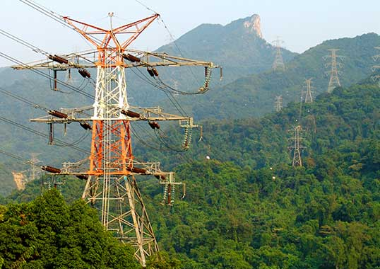 line arrester Optimizing Specification of Non-Gapped Line Arresters transmission lines
