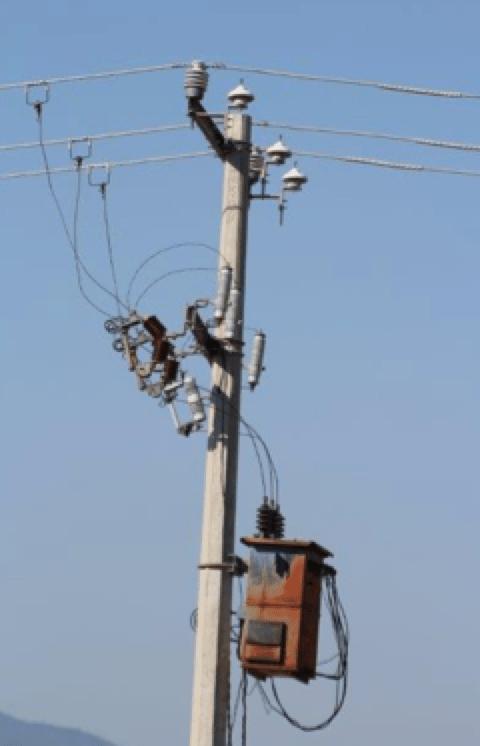 Fig. 3: EGLA type line arrester & gapless arresters protect transformer against lightning. [object object] Field Experience with EGLA Type Line Arresters in Mexico EGLA gapless arresters protect transformer against lightning