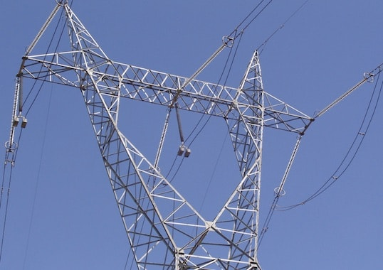 Optimizing Insulator Selection with Regard to Performance, Installation, Stocking and Maintenance transmission tower