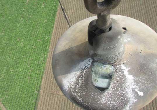 Maintaining RTV Coated Glass Insulators in Zones of High Salt Contamination RTV Coated Glass Insulators