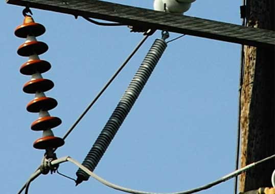 Mechanical Testing of Connection Leads for Transmission Line Arresters (Video) hv testing 1